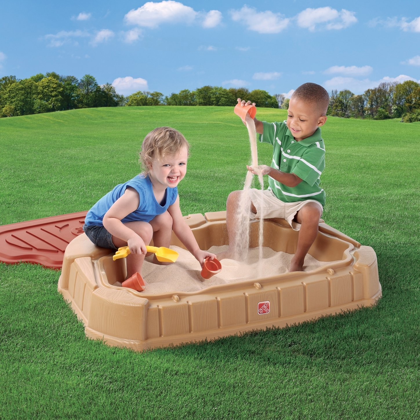 Step 2 Naturally Playful Little Dunes Sandbox Review